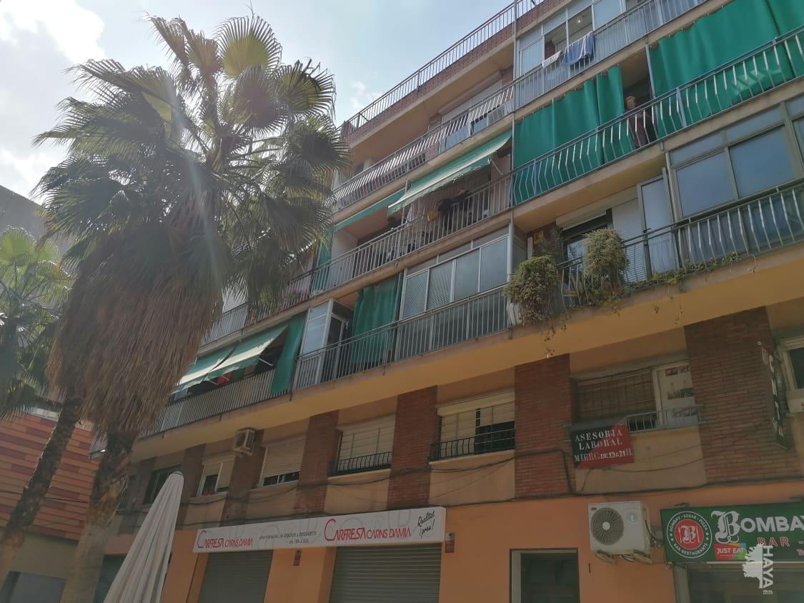 Piso en venta en Santa Coloma de Gramenet, Barcelona, Pasaje Mercat del Fondo, 86.100 €, 3 habitaciones, 1 baño, 56 m2