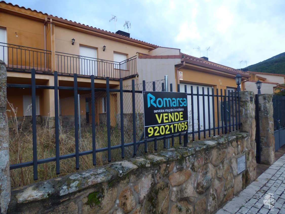 Casa en venta en El Tiemblo, Ávila, Calle Valle Iruelas (p67), 92.000 €, 3 habitaciones, 2 baños, 132 m2