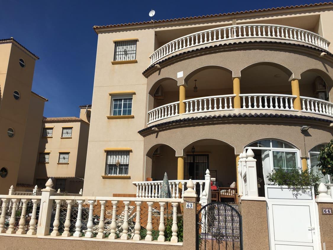 Piso en venta en Orihuela Costa, Orihuela, Alicante, Urbanización la Cuerda, 98.000 €, 2 habitaciones, 1 baño, 84 m2
