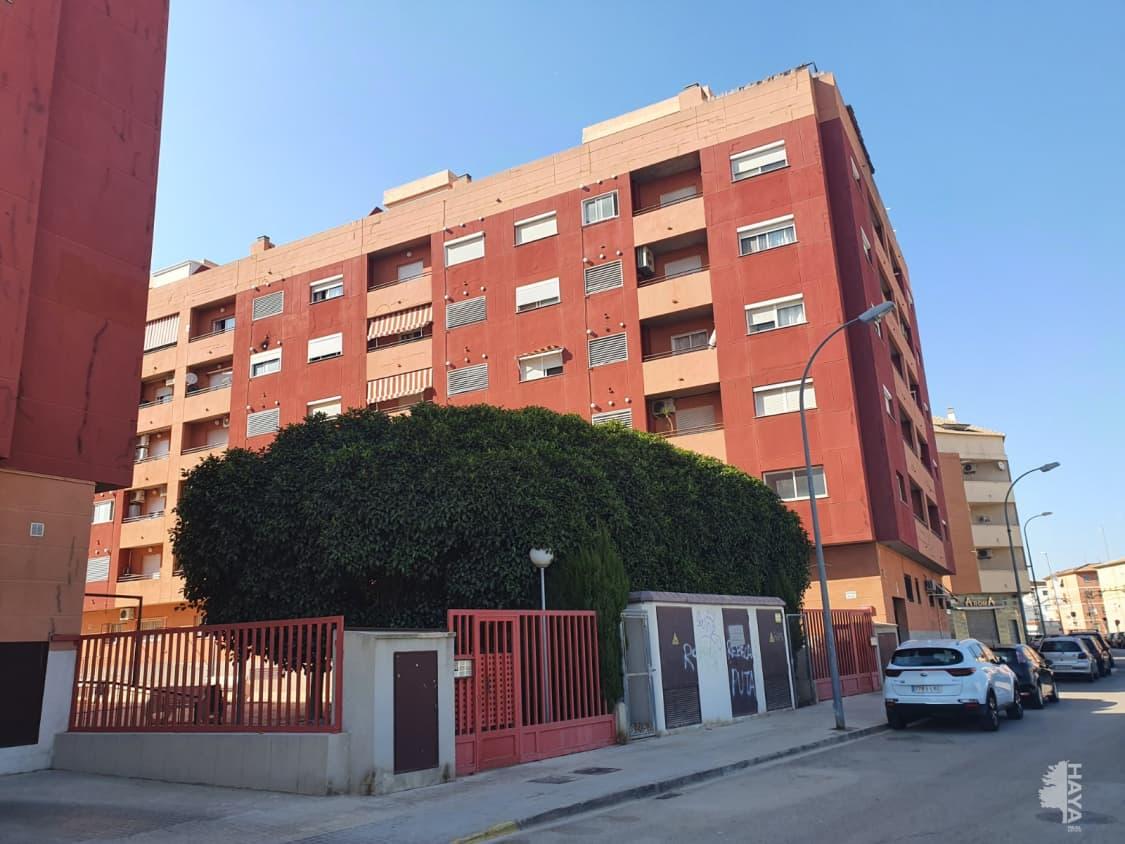 Piso en venta en Picassent, Valencia, Calle Llibertat, 111.600 €, 2 habitaciones, 2 baños, 73 m2