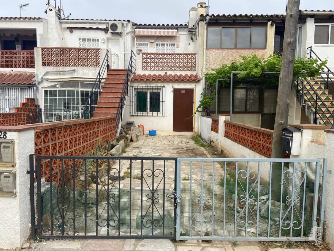 Casa en venta en Empuriabrava, Castelló D`empúries, Girona, Calle Montjoi, 58.600 €, 1 habitación, 1 baño, 33 m2
