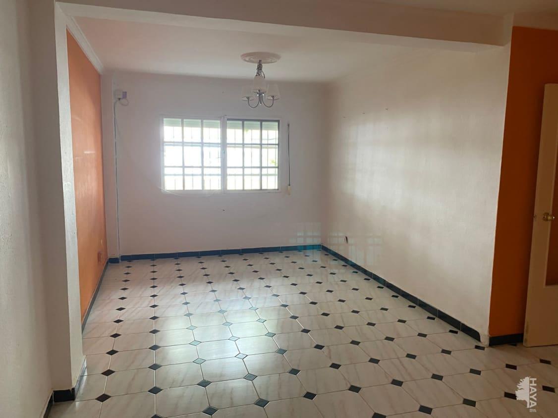 Piso en venta en Valdelagrana, El Puerto de Santa María, Cádiz, Calle Amapola, 72.700 €, 3 habitaciones, 1 baño, 88 m2