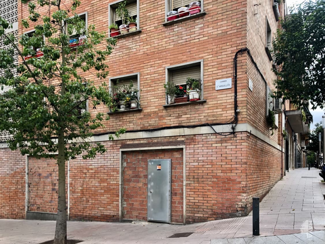 Local en venta en Nou Barris, Barcelona, Barcelona, Calle Argullos, 162.400 €, 127 m2