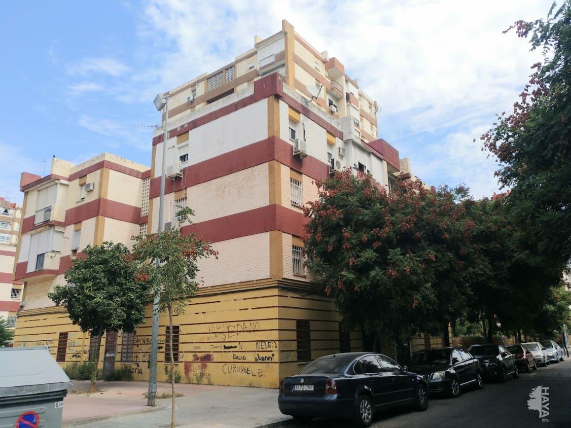 Piso en venta en Sevilla, Sevilla, Calle Jose Bermejo, 40.300 €, 3 habitaciones, 1 baño, 107 m2