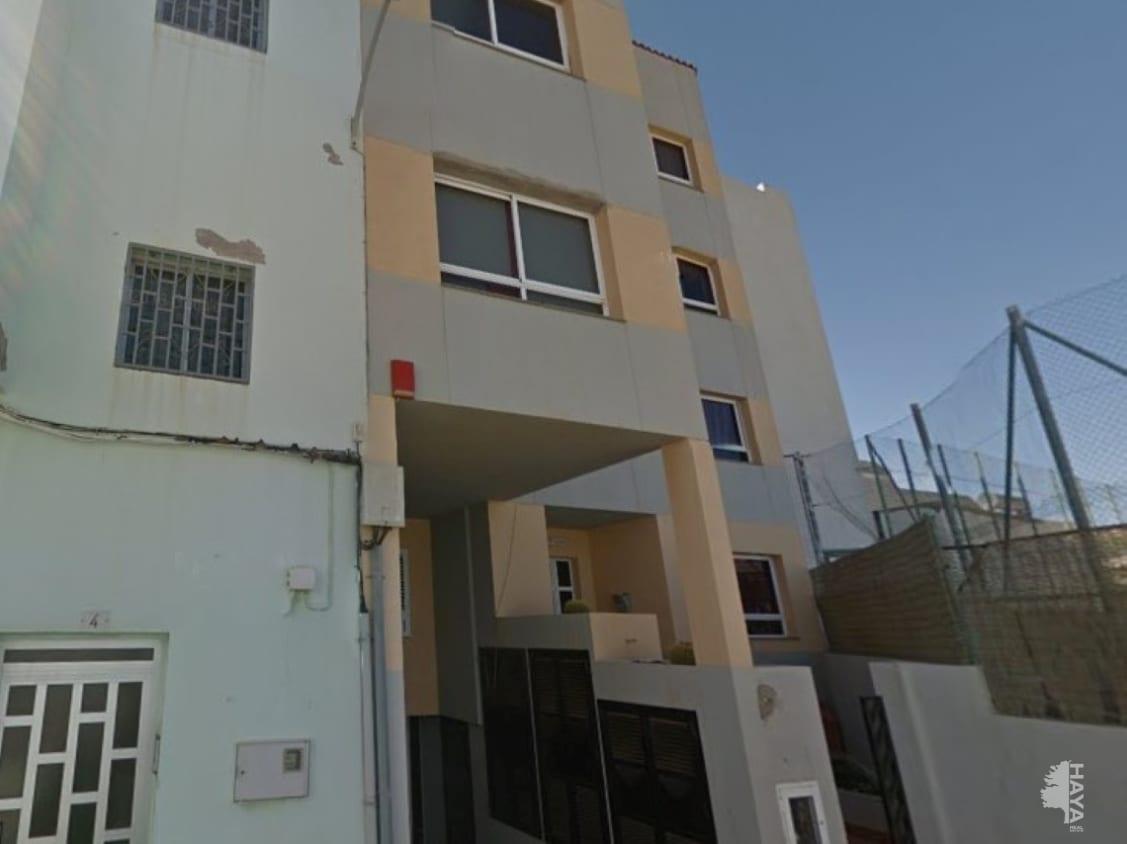 Piso en venta en Santa Lucía de Tirajana, Las Palmas, Calle Leon Y Joven, 103.500 €, 86 m2