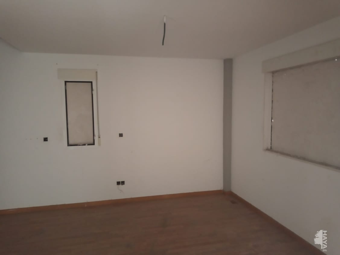 Piso en venta en Cijuela, Granada, Calle Clara Campoamor, 66.666 €, 3 habitaciones, 1 baño, 129 m2