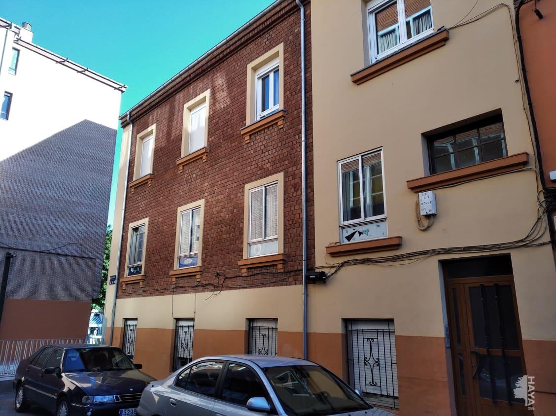 Piso en venta en Eras de Renueva, León, León, Calle Jose Maria Goy, 109.300 €, 4 habitaciones, 1 baño, 125 m2