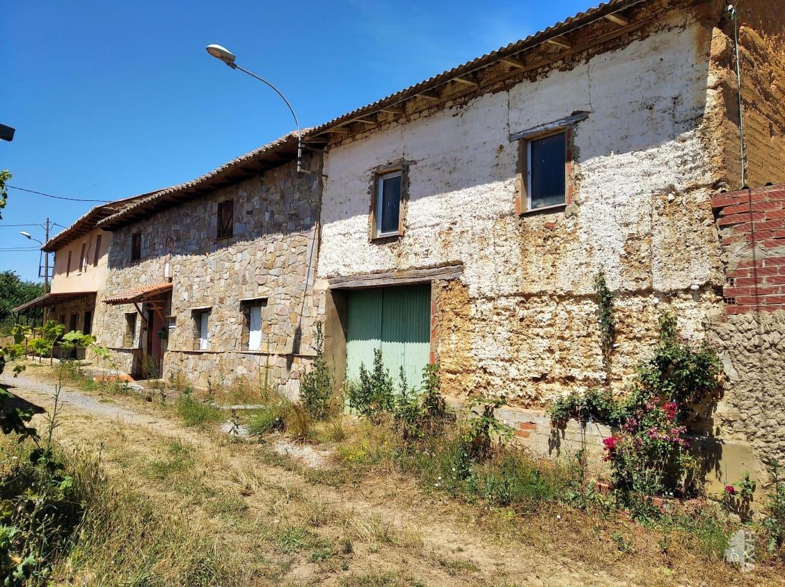 Casa en venta en Laguna de Negrillos, Laguna de Negrillos, León, Travesía Iglesia-2-cf, 47.700 €, 2 habitaciones, 1 baño, 114 m2