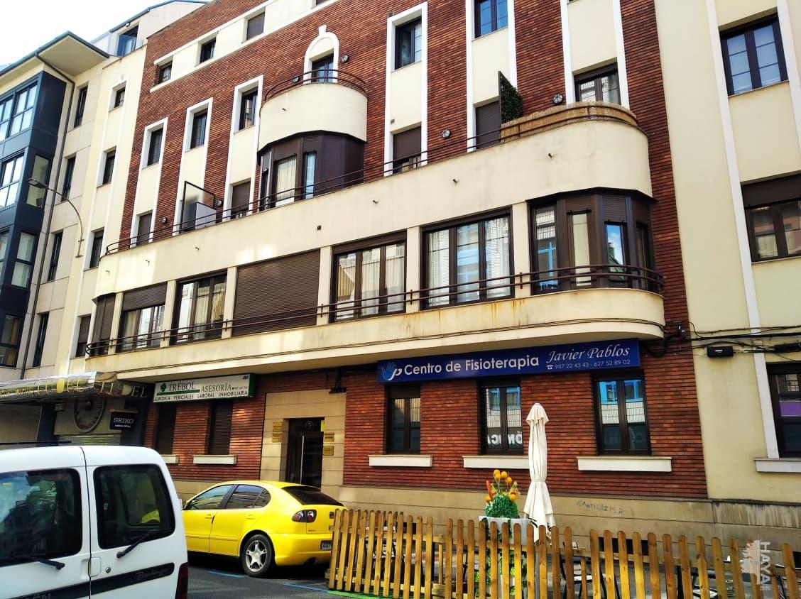 Piso en venta en León, León, Calle Colon, 176.200 €, 3 habitaciones, 1 baño, 91 m2