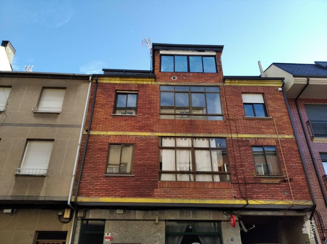 Piso en venta en Compostilla, Ponferrada, León, Calle Iglesia, 48.000 €, 3 habitaciones, 1 baño, 104 m2