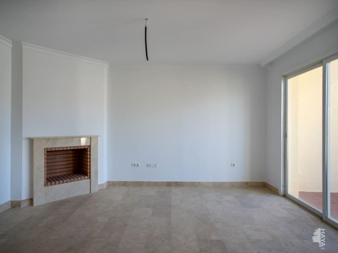 Casa en venta en Manilva, Málaga, Urbanización Vistas de la Rocas, 115.000 €, 4 habitaciones, 3 baños, 131 m2