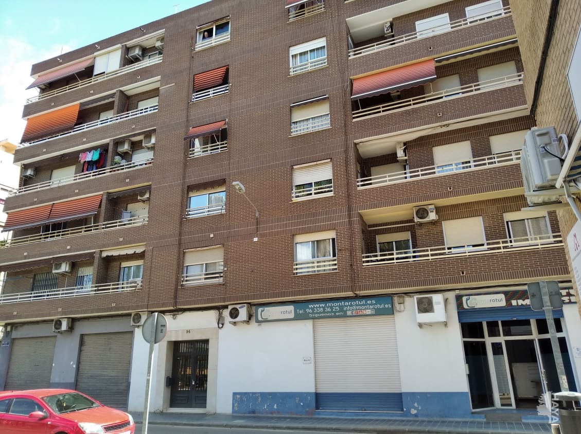 Piso en venta en Ciutat Vella, Valencia, Valencia, Calle Alquerias de Bellver, 105.200 €, 4 habitaciones, 2 baños, 95 m2