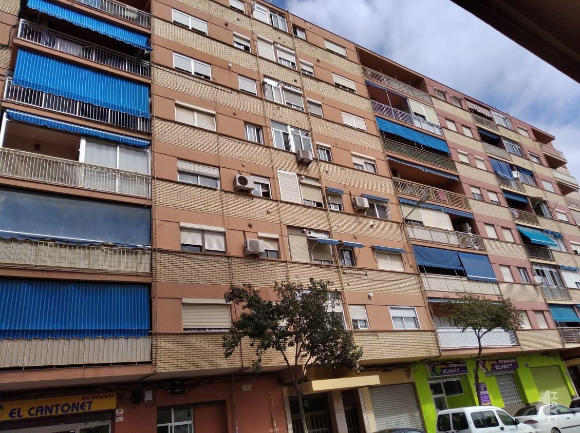 Piso en venta en Ciutat Vella, Valencia, Valencia, Calle Poeta Serrano Clavero, 85.500 €, 4 habitaciones, 1 baño, 105 m2