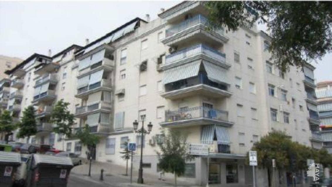 Piso en venta en Barriada Islas Canarias, Estepona, Málaga, Avenida Reales (de Los), 177.300 €, 3 habitaciones, 2 baños, 113 m2