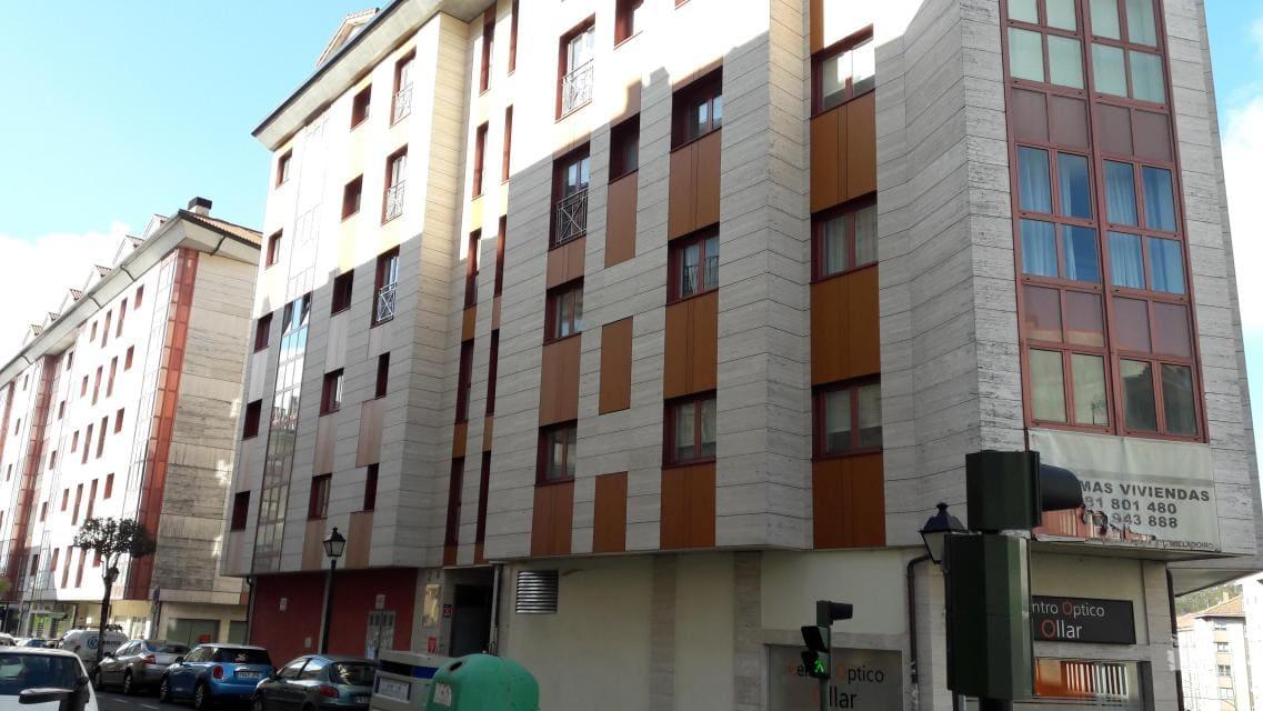 Piso en venta en Ames, A Coruña, Calle Agro Do Medio, 69.300 €, 2 habitaciones, 2 baños, 88 m2