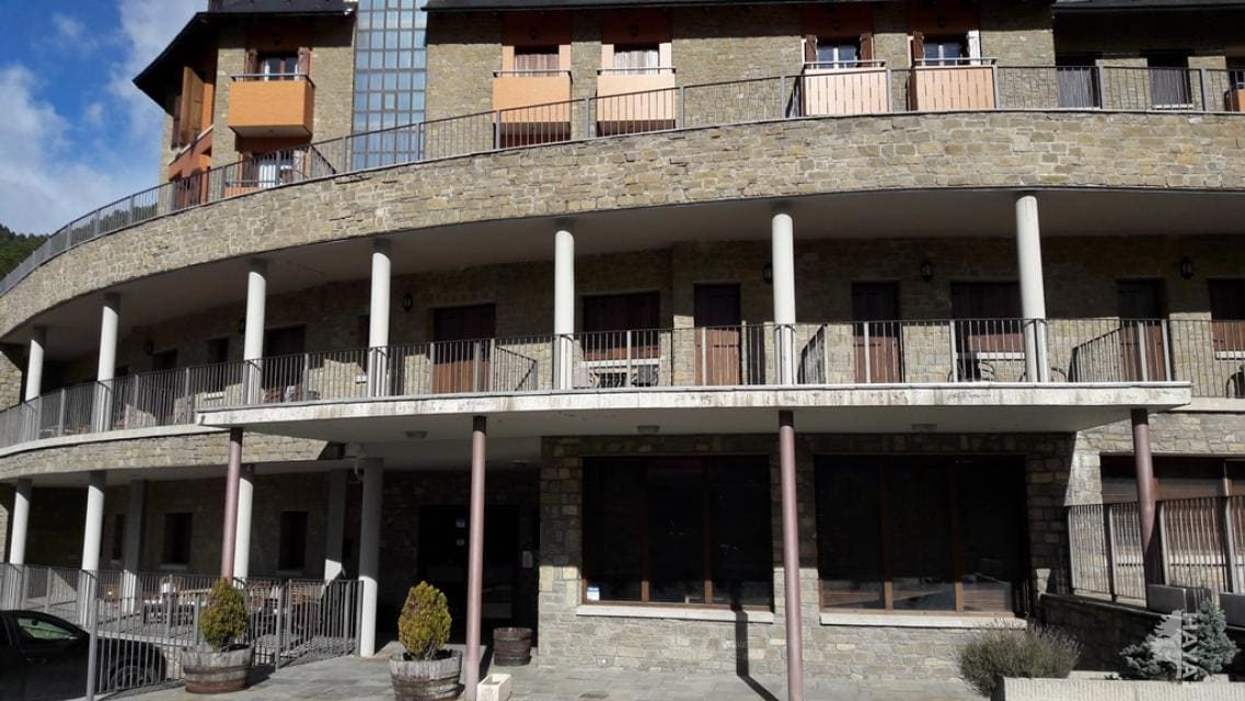 Local en venta en Urbanización Argualas, Panticosa, Huesca, Camino Saras, 152.000 €, 266 m2