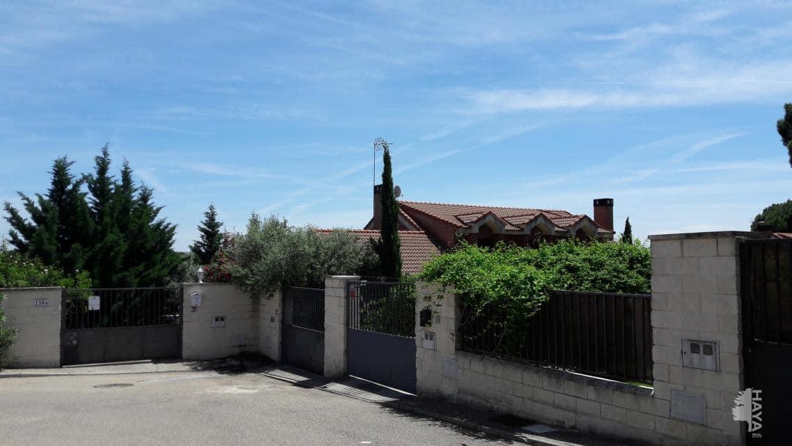 Casa en venta en San Miguel del Arroyo, Tudela de Duero, Valladolid, Lugar Urbanizacion El Otero, 194.400 €, 5 habitaciones, 2 baños, 233 m2