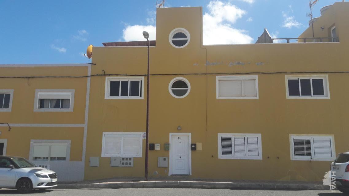 Piso en venta en El Matorral, Puerto del Rosario, Las Palmas, Calle Guelfo (el), 62.000 €, 2 habitaciones, 1 baño, 60 m2