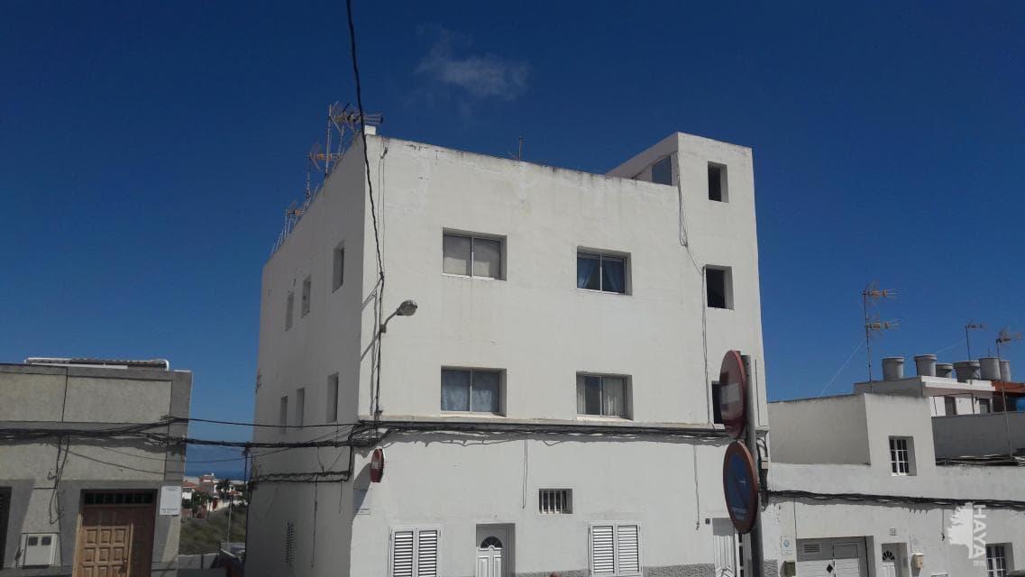 Piso en venta en Cambalud, Firgas, Las Palmas, Avenida Alcalde Marrero de Armas, 63.200 €, 3 habitaciones, 1 baño, 58 m2