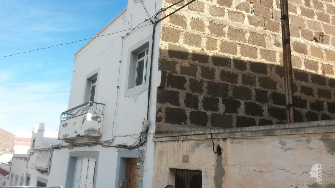 Piso en venta en San Juan, Santa María de Guía de Gran Canaria, Las Palmas, Calle Cronista Pedro Gonzalez Sosa, 69.400 €, 3 habitaciones, 1 baño, 123 m2
