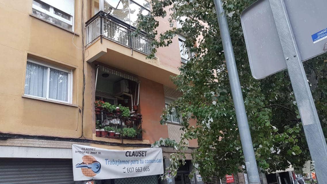Piso en venta en Martorell, Barcelona, Avenida Germans Marti, 89.700 €, 4 habitaciones, 1 baño, 76 m2