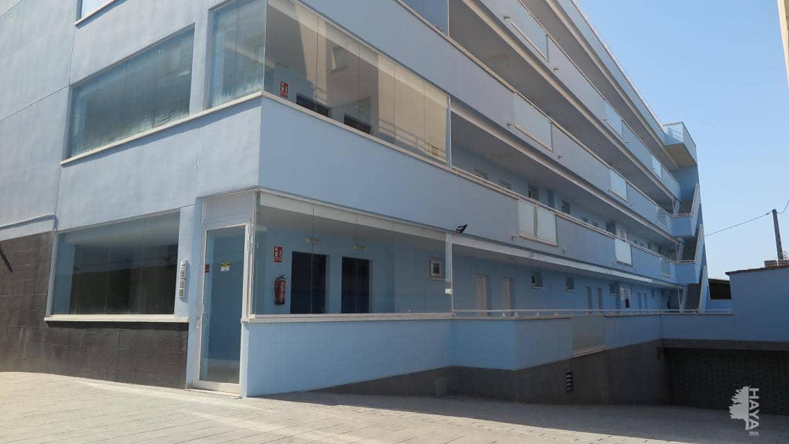 Piso en venta en Vinaròs, Castellón, Calle Duc de Vendome, 76.000 €, 3 habitaciones, 2 baños, 86 m2