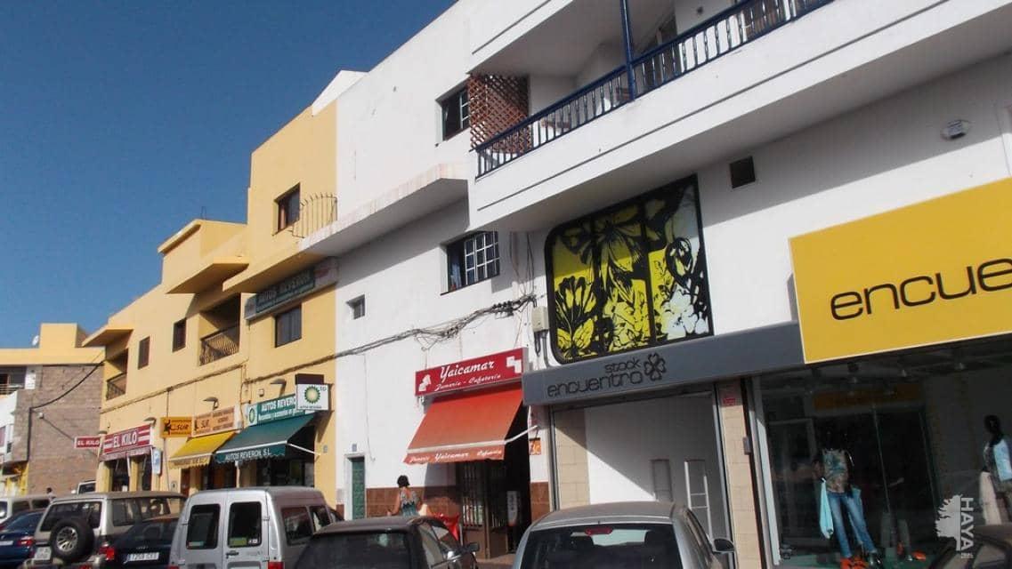 Local en venta en Arona, Santa Cruz de Tenerife, Calle Carrera General Tf-28 la Camella, 117.800 €, 177 m2