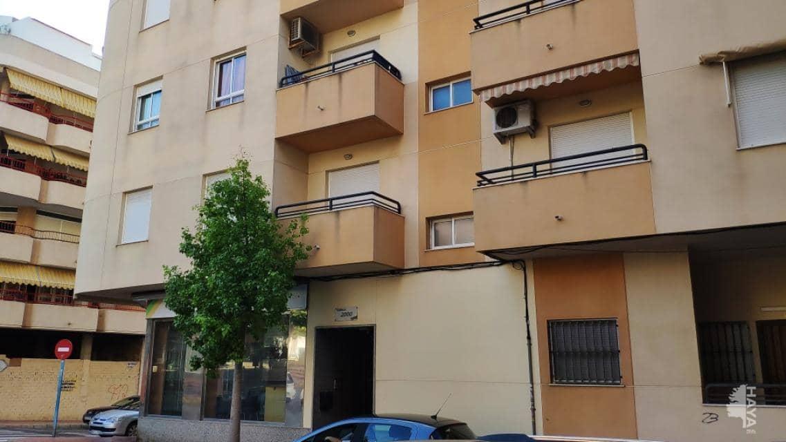 Piso en venta en Torrevieja, Alicante, Calle Ramon Gallud, 69.900 €, 2 habitaciones, 1 baño, 67 m2