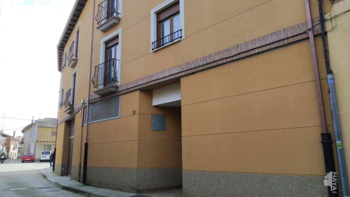 Piso en venta en Becerril de Campos, Palencia, Calle Santa Maria, 108.300 €, 2 habitaciones, 2 baños, 85 m2