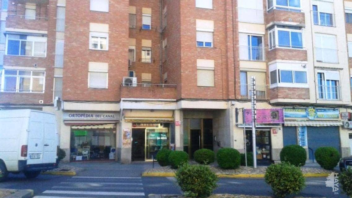 Piso en venta en Mollerussa, Lleida, Carretera Miralcamp, 49.100 €, 3 habitaciones, 1 baño, 80 m2
