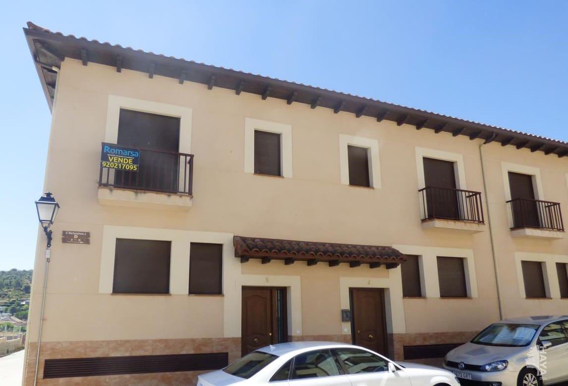 Casa en venta en La Adrada, Ávila, Calle Machacalinos, 115.000 €, 4 habitaciones, 3 baños, 158 m2