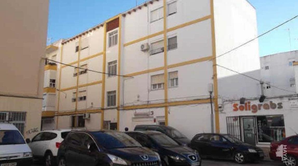 Piso en venta en Las Canteras, Puerto Real, Cádiz, Calle Manzano, 65.100 €, 3 habitaciones, 1 baño, 85 m2
