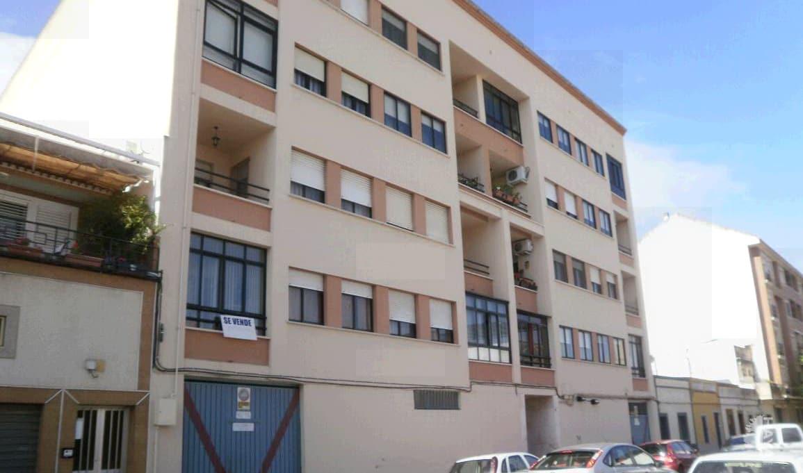 Piso en venta en Badajoz, Badajoz, Calle Alicante, 97.500 €, 3 habitaciones, 2 baños, 110 m2