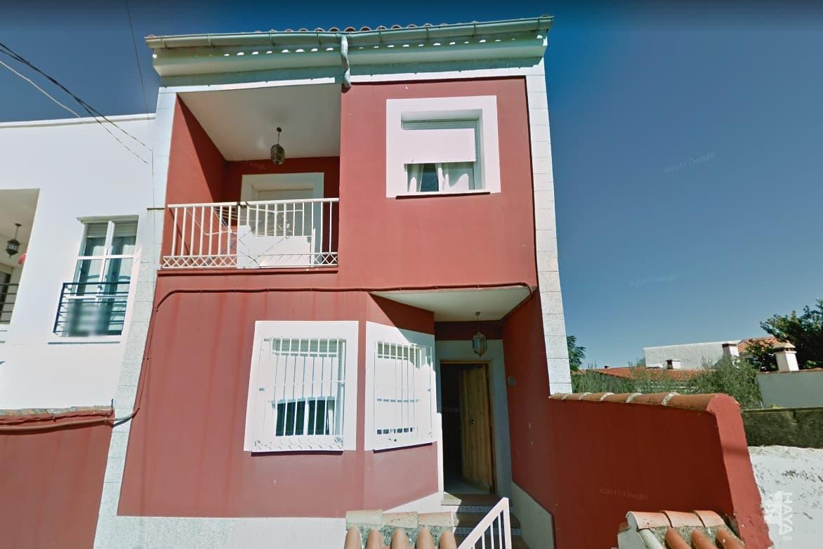 Casa en venta en Trujillo, Cáceres, Travesía del Regajo, 86.033 €, 3 habitaciones, 2 baños, 115 m2