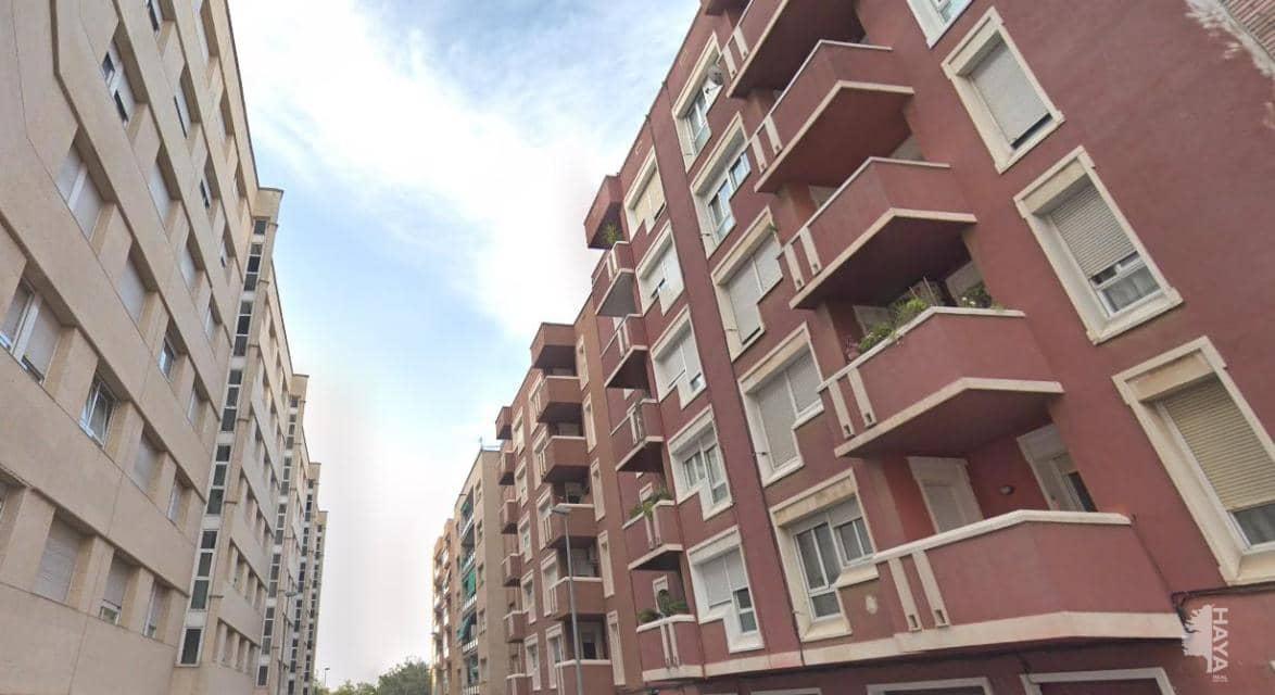 Piso en venta en Sabadell, Barcelona, Calle Abat Escarre, 71.019 €, 2 baños, 83 m2