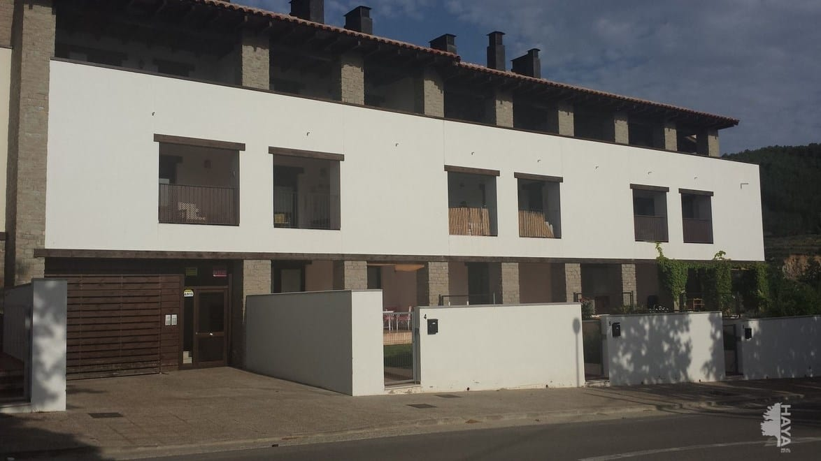 Piso en venta en Rubielos de Mora, Teruel, Avenida Manuel Gonzalvo, 98.250 €, 2 habitaciones, 1 baño, 107 m2