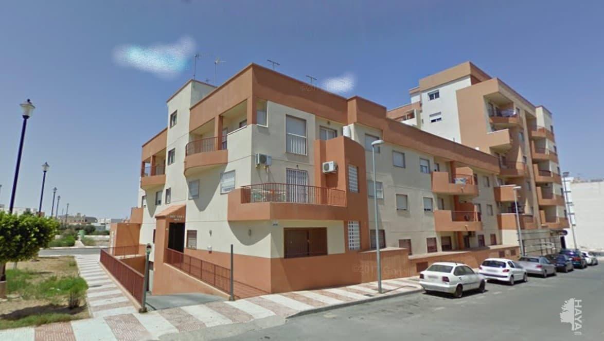 Piso en venta en Roquetas de Mar, Almería, Calle Centauro, 87.500 €, 3 habitaciones, 1 baño, 105 m2