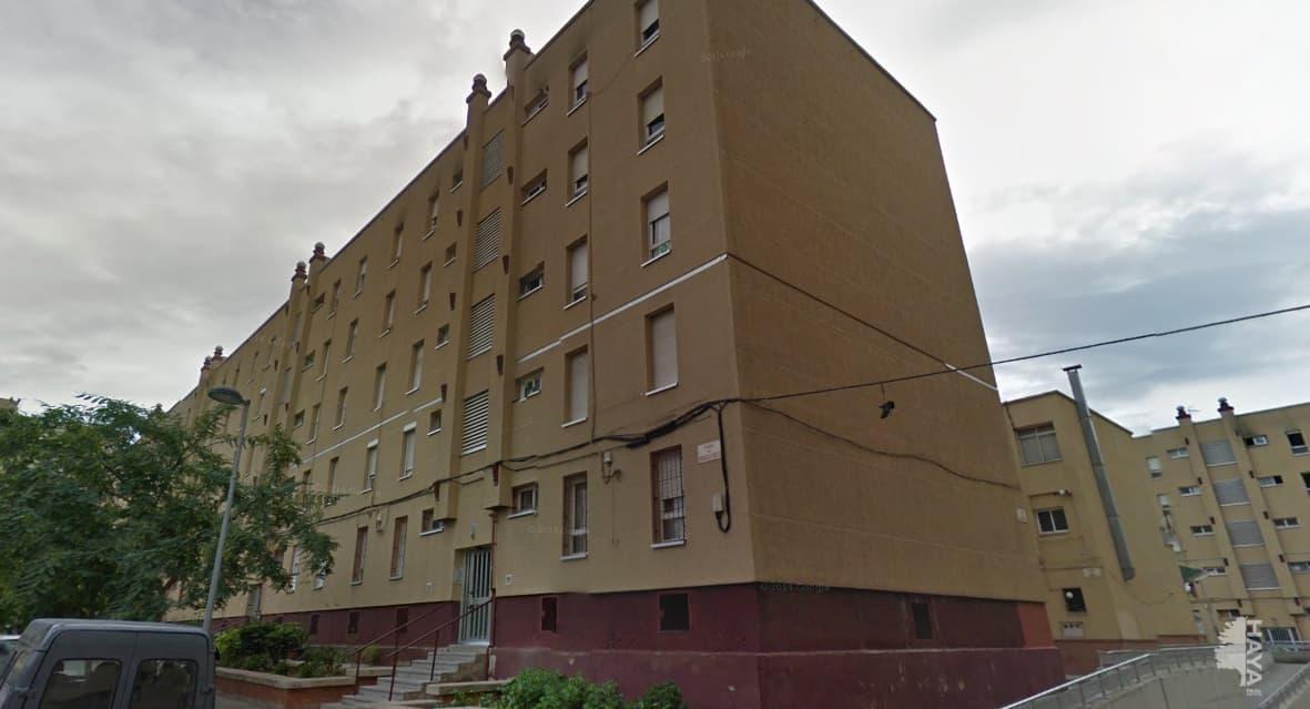 Piso en venta en Eixample, Sabadell, Barcelona, Plaza Rogelio Soto, 79.400 €, 4 habitaciones, 1 baño, 82 m2