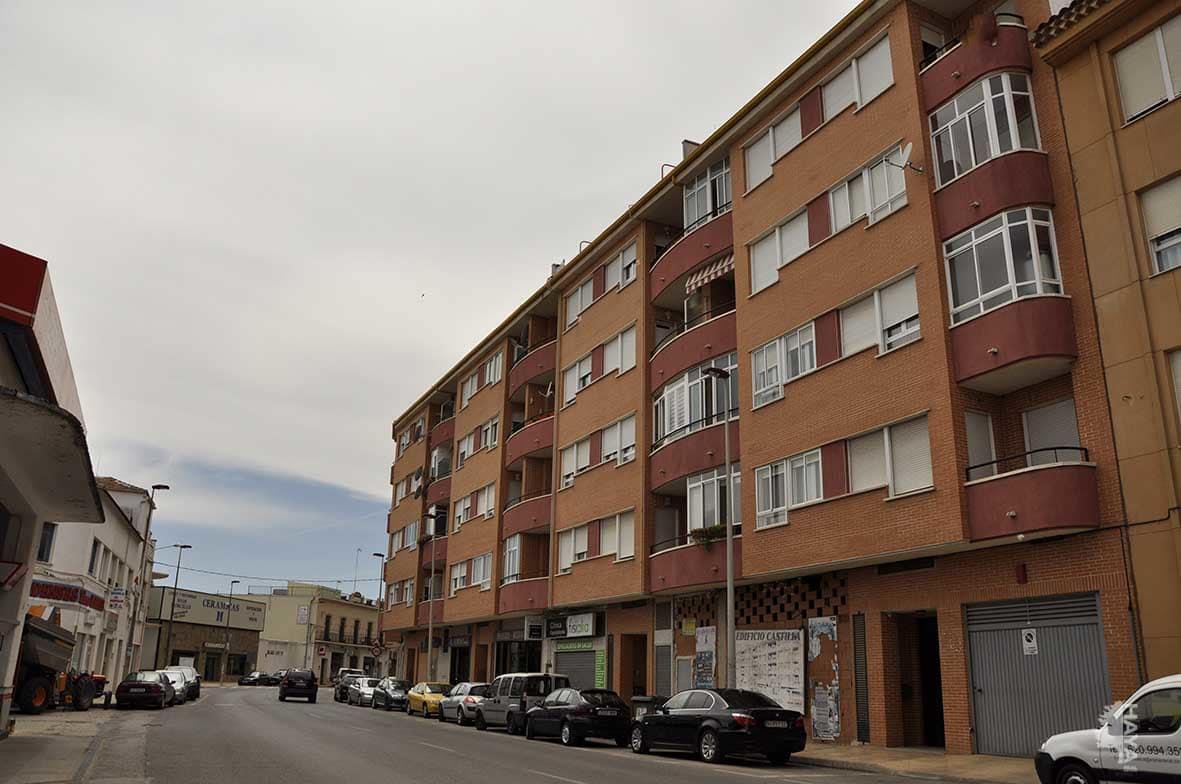 Piso en venta en Villarrobledo, Albacete, Avenida Reyes Catolicos, 72.400 €, 3 habitaciones, 2 baños, 120 m2