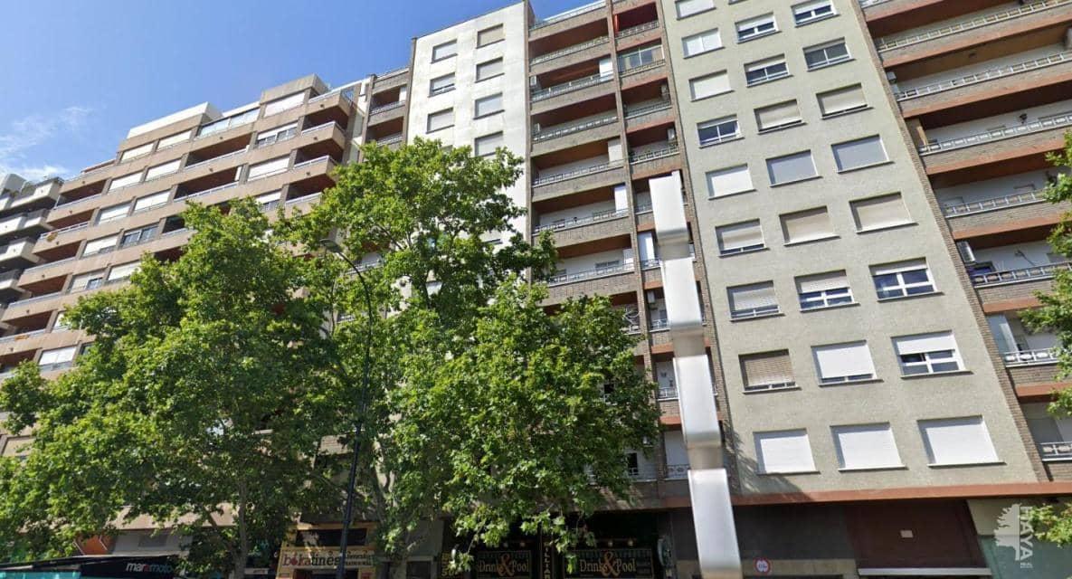 Piso en venta en Zaragoza, Zaragoza, Avenida Cesareo Alierta, 203.100 €, 5 habitaciones, 1 baño, 105 m2