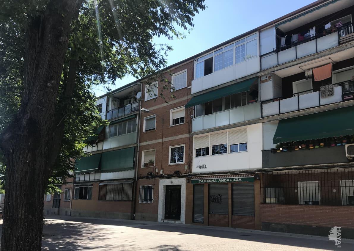 Piso en venta en Alcalá de Henares, Madrid, Avenida Reyes Catolicos, 84.900 €, 3 habitaciones, 1 baño, 83 m2