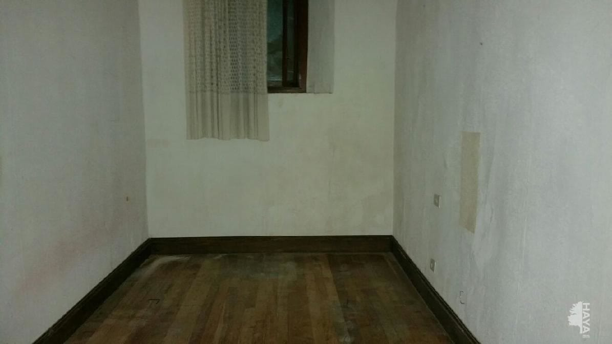 Piso en venta en Piso en Mutriku, Guipúzcoa, 110.000 €, 3 habitaciones, 1 baño, 86 m2