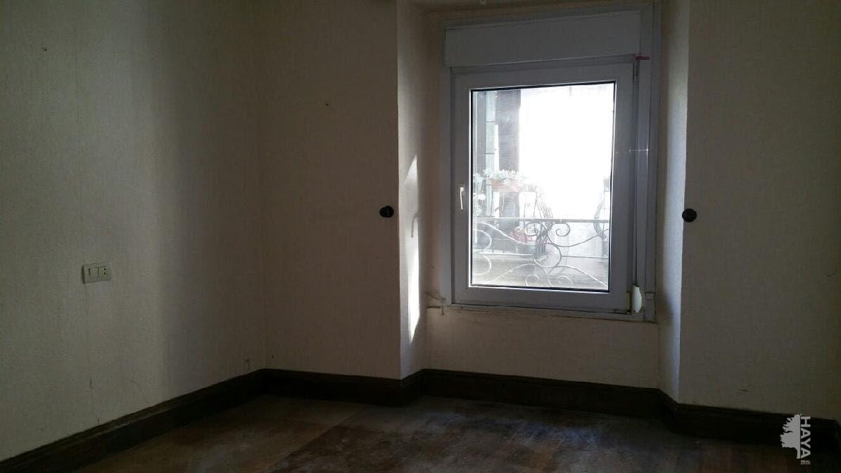 Piso en venta en Mutriku, Guipúzcoa, Calle Barrenkale, 88.000 €, 3 habitaciones, 1 baño, 86 m2