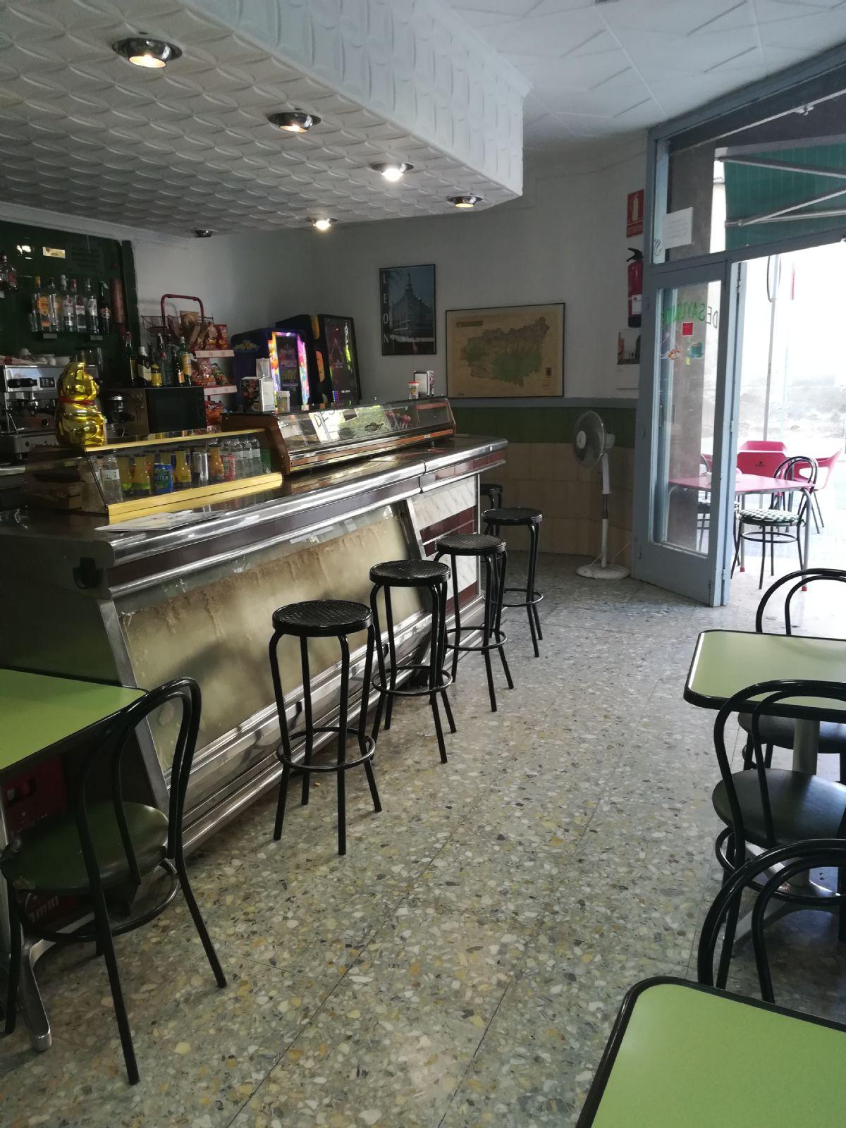 Local en venta en Coto de Caza, Sant Boi de Llobregat, Barcelona, Calle Eusebi Güell, 97.500 €, 56 m2