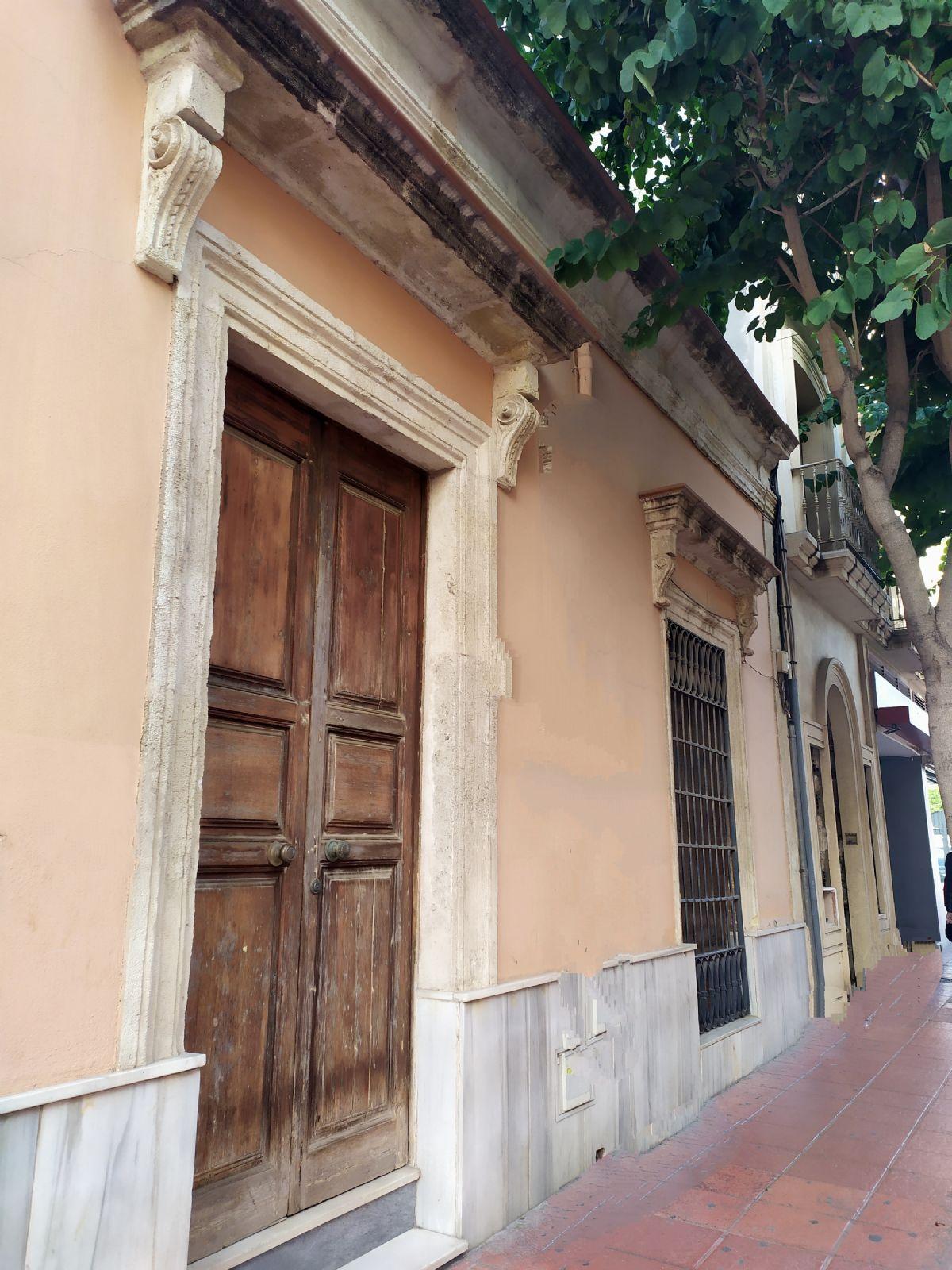 Casa en venta en Centro, Almería, Almería, Calle Granada, 249.000 €, 6 habitaciones, 1 baño, 167 m2