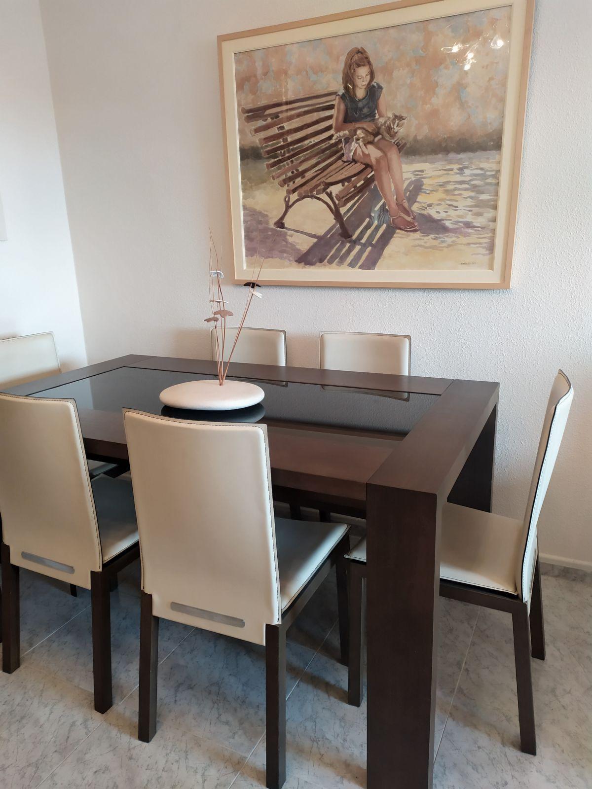 Piso en venta en 40001, Almería, Almería, Calle Granada, 144.000 €, 3 habitaciones, 1 baño, 101 m2