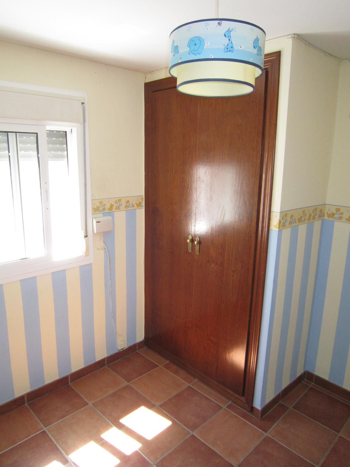 Piso en venta en Piso en El Puerto de Santa María, Cádiz, 38.500 €, 2 habitaciones, 1 baño, 57 m2