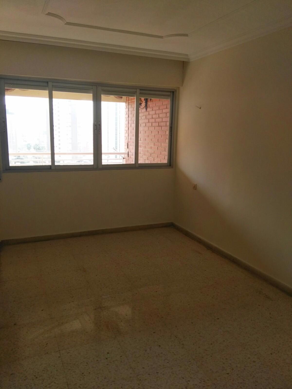 Piso en venta en Benidorm, Alicante, Calle Alicante, 130.000 €, 3 habitaciones, 2 baños, 93 m2