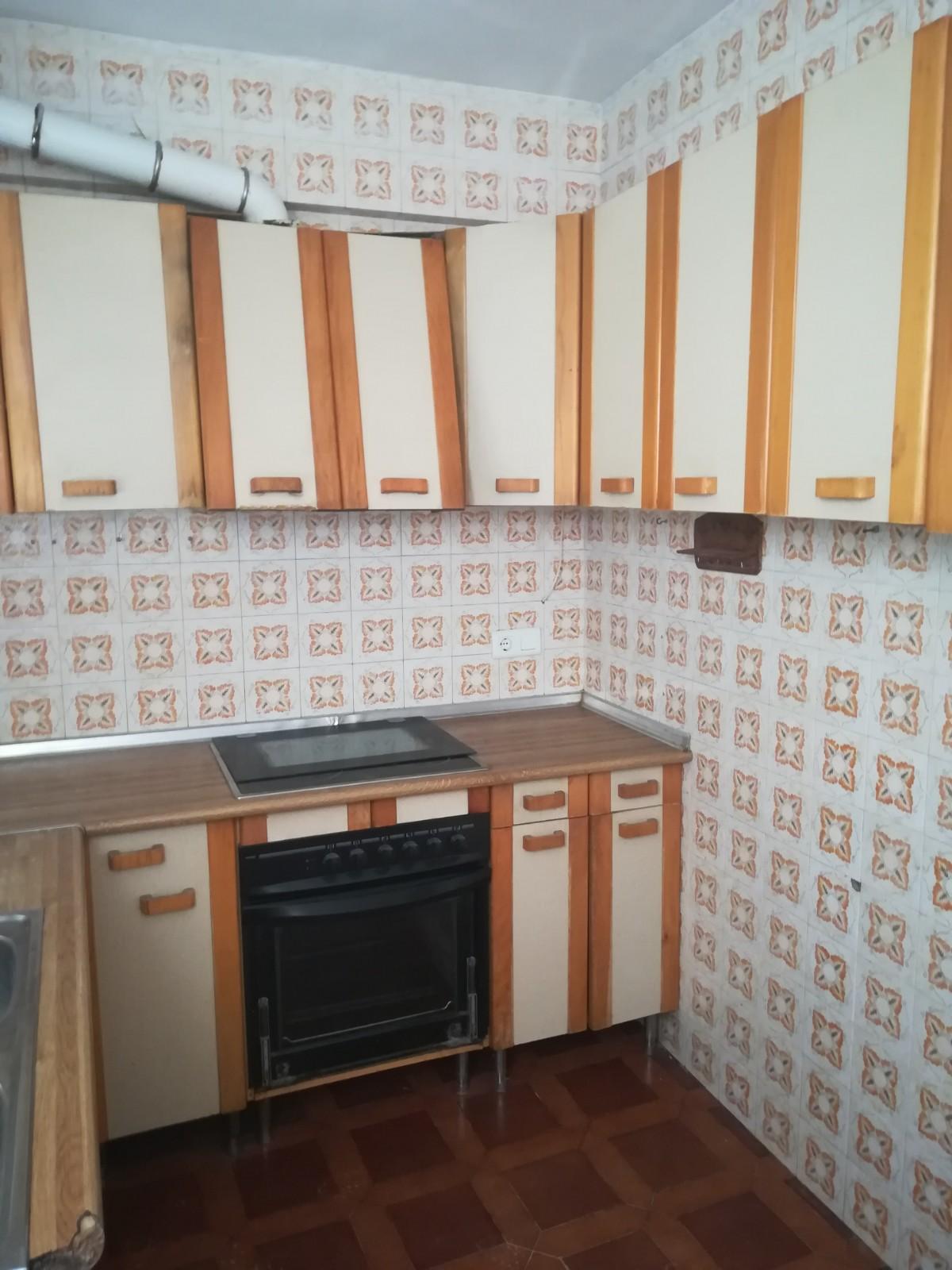 Piso en venta en El Campo, Benidorm, Alicante, Calle Buen Pastor, 80.000 €, 3 habitaciones, 1 baño, 89 m2