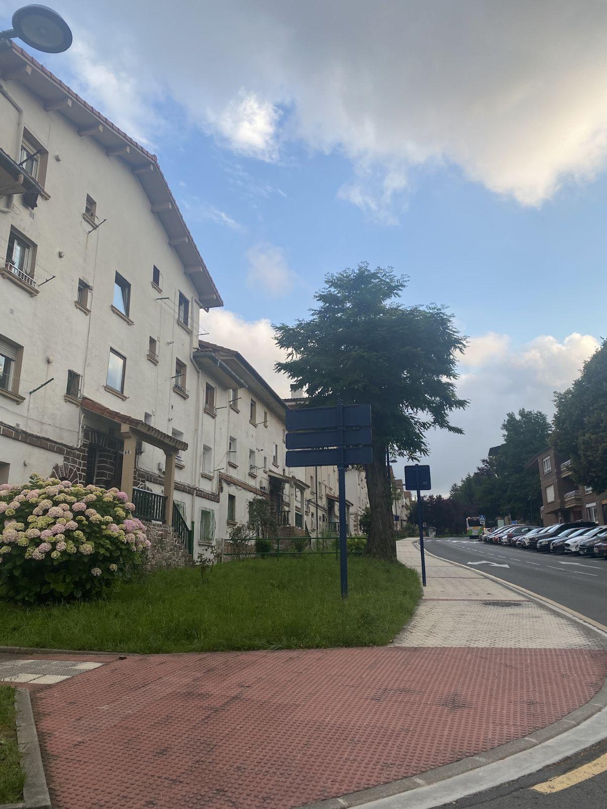 Piso en venta en Alaberga, Errenteria, Guipúzcoa, Barrio Alaberga Auzoa, 170.000 €, 2 habitaciones, 1 baño, 73 m2